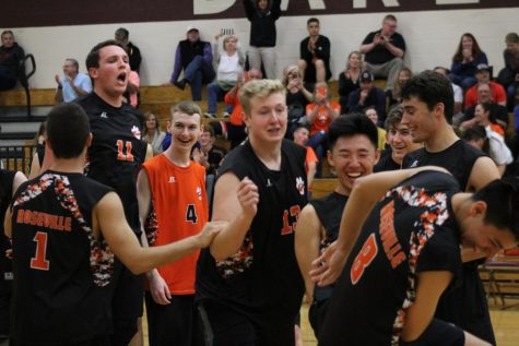 VOLLEYBALL: Varsity Tigers clinch CVC title, maintain undefeated in league with win against Whitney