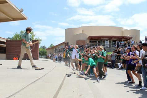 GALLERY: Rosechella and Final Rally cap off last Friday of school year