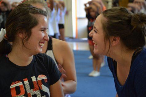 Senior overcomes cheer injury, returns to passion