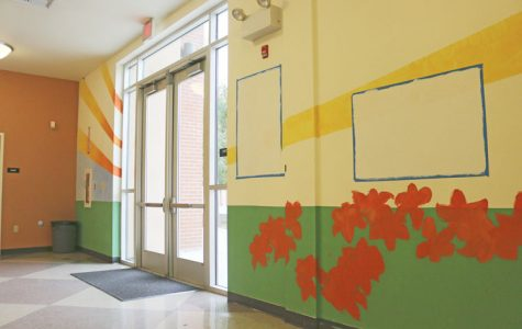Mural club continues 900-wing project