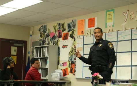 PHOTO: Roseville Police Chief meets with RHS Black Student Union