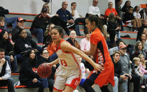 BASKETBALL: Varsity girls take down undefeated Antelope Titans