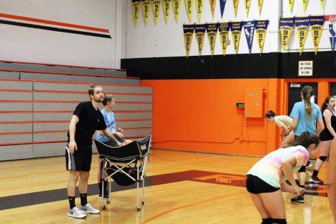 Voleibol de mujeres se amolda al cambio de entrenador, espera tener éxito este año