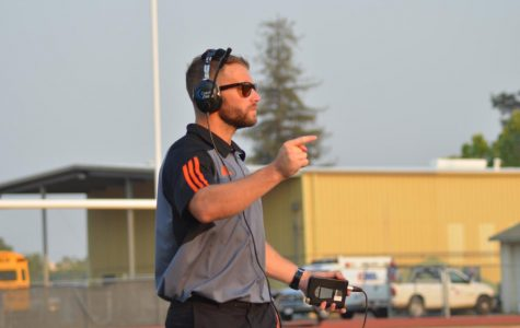 JV football coach enlists in armed forces