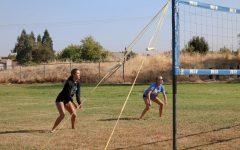 New sand volleyball club hosts grass fundraiser tournament