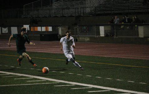 SOCCER: Boys varsity defeat Del Oro 2-1