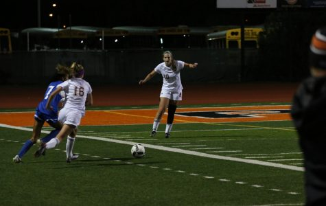 Girls soccer defeats Bella Vista Broncos