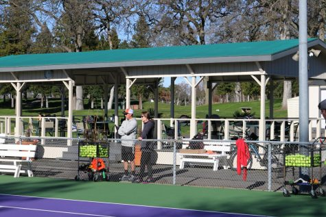 TENNIS: Varsity boys pull out comeback victory against Cosumnes Oaks