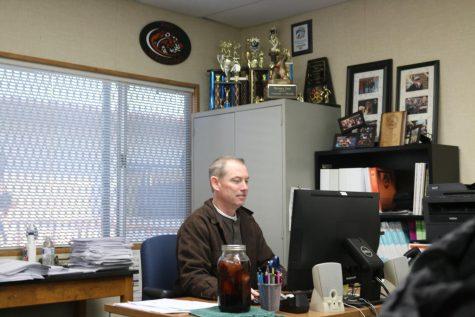 Roseville contrata a un nuevo entrenador de fútbol universitario