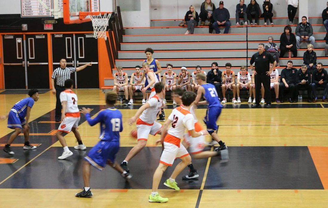 Freshman teams will no longer be offered due to a Capital Valley Conference change. Now, the three levels will be varsity, junior varsity, and frosh/soph. According to the boys varsity basketball coach Greg Granucci, this will alleviate the amount of players that sit during games due to large team sizes pictured above.