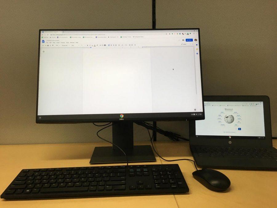 El distrito a implementar muelles de carga para Chromebooks en el campus