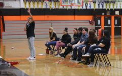 BRIEF: Peer helping holds freshman assembly
